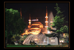 Blue Mosque at Night (Kuzeytac) Tags: turkey türkiye turkiye istanbul leyla lsi canoneos400d canoneosdigitalrebelxti kuzeytac