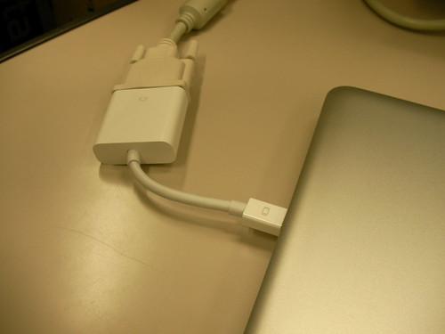 Apple Mini DisplayPort - DVI アダプタ
