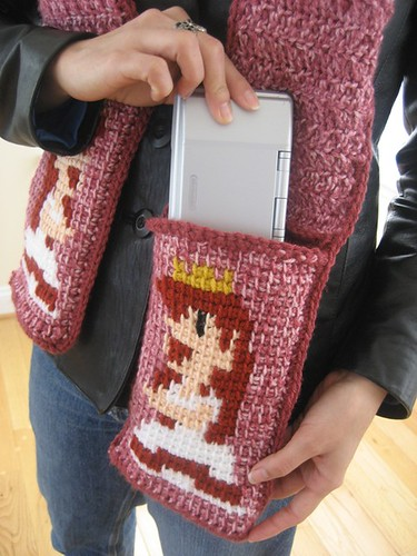 Princess scarf with DS