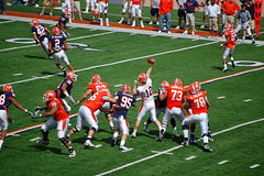 the back up qb getting some reps (Johnny Heger) Tags: college campus illinois spring universityofillinois urbana champaign uofi chipsi