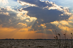 Famous dutch sky (DutcHHighlandeR) Tags: park sea sky sun nature water netherlands clouds sunrise canon landscape wolken rays whether groningen sunrays lauwersmeer nationaal supershot bej 40d rjcleveringsluizen dutchhighlander artofatmosphere