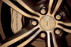Aston Martin V8 Vantage N400 (SuperCarFreak) Tags: aston martin v8 vantage n400 dreamcar sportwagen supercar exotic luxe wagen luxury car knokke scoperta day supercarfreak canon eos 40d
