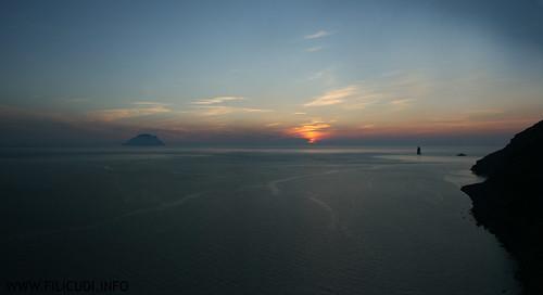 Alicudi, Filicudi - La canna e montenassari al tramonto