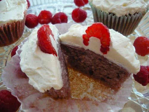 Raspberry-Almond Cupcakes