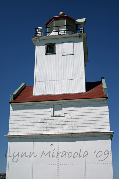 Kewaunee Pierhead Lighthouse 3
