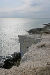 Beachy Head chalk cliffs (Dull Life) Tags: sea coast chalk cliffs beachyhead ligthouse