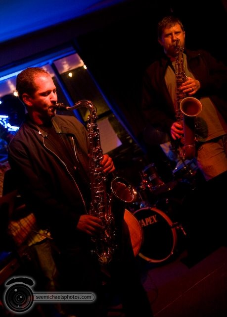 South Park Bar and Grill Jazz Jam 52809© Michael Klayman-033