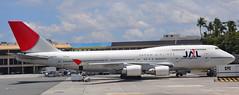 Boeing 747-400 (sfPhotocraft) Tags: plane hawaii aircraft jet honolulu 2009 boeing747 747 jumbojet jal redandwhite hnl japanairlines boeing747400 ja8079