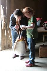 Hallveig im Haus des Tuchhändlers in Haithabu - Museumsfreifläche Wikinger Museum Haithabu WHH  06-06-2009