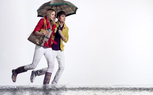 Sebastian Brice0012_Burberry April Showers SS2010_
