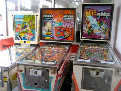 Vintage Pinball Machines Red Rabbit Drive In Duncannon PA