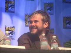 sat2 _5__0005 (TextualDeviance) Tags: 2004 lost comiccon dominicmonaghan matthewfox damonlindelof