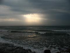 Darkness?!! (Mahsa3611) Tags: light sea sky sun beach nature clouds canon hope poem darkness iran shiraz ایران mahsa seacoast darklight طبيعت دریا شیراز مهسا lightspectrum روشنایی shadaei mahsa3611