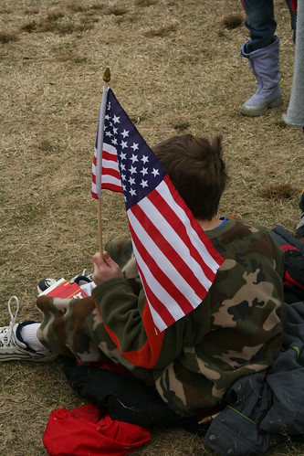 kid with flag at obama inauguration