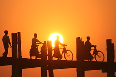 Going Home (Paki Nuttah) Tags: bridge sunset lake silhouette burma ngc teak amarpura