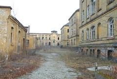 Leipzig, Kaserne Olbrichtstrasse 4637 (wanus) Tags: abandoned ruins leipzig urbanexploration urbex modernruins