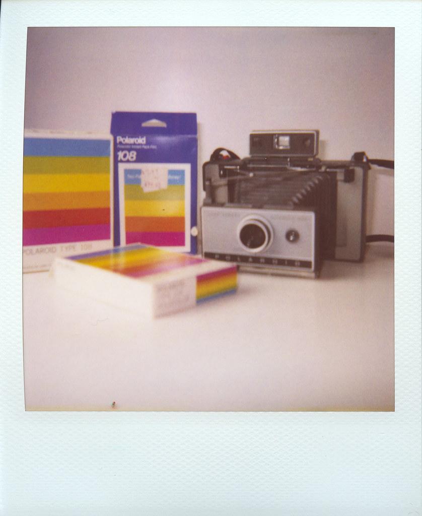 Polaroid Land Camera 230