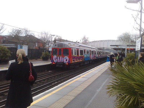 Graffiti Tube at Kew Gardens Station by Richard H
