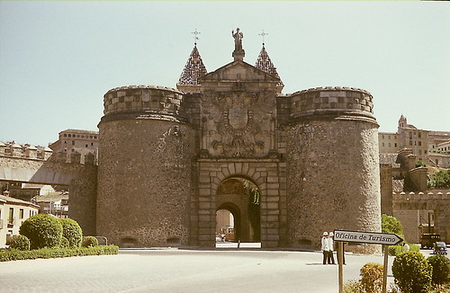 Puerta de Bisagra de Toledo en 1973