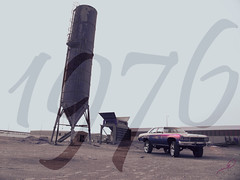 caprice 1976 donk (HYTHEM) Tags: old classic chevrolet car canon big 26 chevy 70s saudiarabia 2009 1976 rimz caprice ksa donk  g9  hiryder hythem
