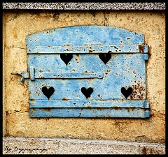 Love stand the test of time ... (dayjeejenny) Tags: blue love window rust heart rusty coeur bleu amour shutter fentre rouille volet singintheblues nikond40
