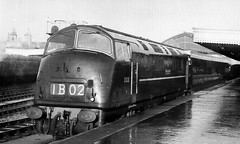 "D820 ""Grenville"" at Bristol Temple Meads, c1961 (rugd1022) Tags: bristol temple br diesel swindon class 42 built 1961 warship wr hydraulic grenville meads d820 d8xx"