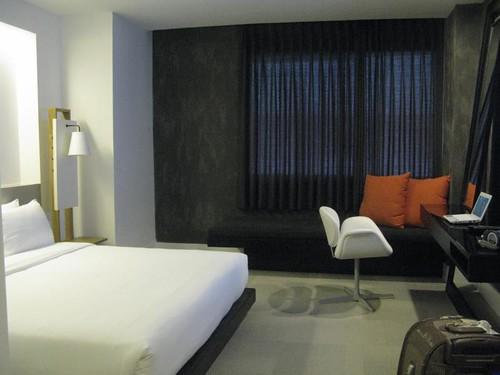 酒店重新裝潢過了,變的像商旅
