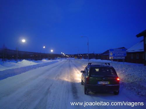 Fronteira da Suécia com a Finlândia no circulo Polar Árctico