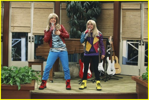 miley-cyrus-cody-linley-one-07