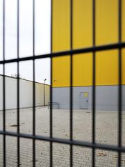 . (g.mittelberg) Tags: berlin yellow jaune germany amarillo gelb giallo mitte westhafen moabit putlitzbrcke copyrightgerdmittelberg putlitzbruecke