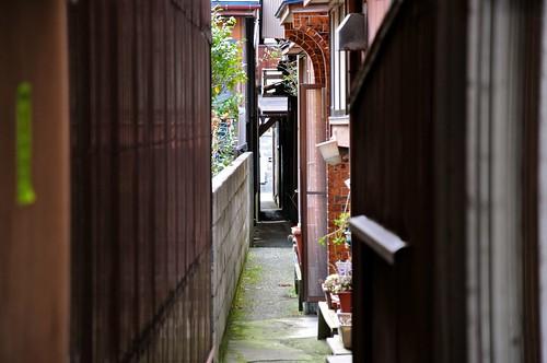 Ryotsu alley