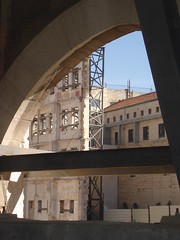 Construction seen through construction