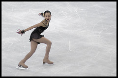 Mao Asada, Four Continents 2009 (Eric Flexyourhead) Tags: woman canada ice vancouver japanese championship bc britishcolumbia competition skater athlete figureskating competitor figureskater zd 40150mm pacificcoliseum maoasada  olympuse3 ladiesfreeprogram 2009isufourcontinentsfigureskatingchampionships