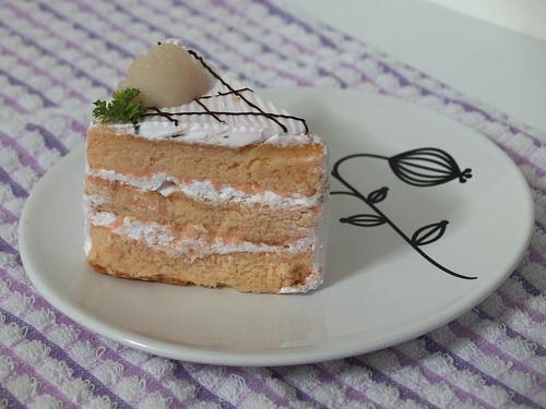 Lychee Martini Cake I