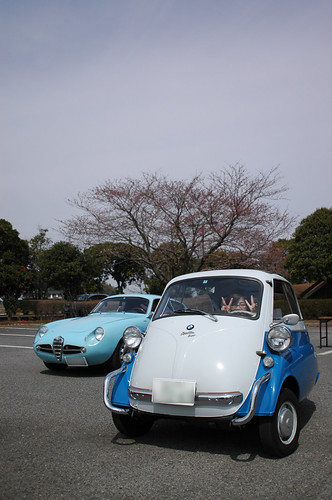 BMW Isetta& AlfaRoneo SVZ in Tsuchiura Japan [Apr. 05. 2009]