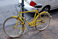 an old yellow raleigh... (damonabnormal) Tags: street city nyc newyorkcity urban bike bicycle yellow brooklyn hipsters nikon streetphotography raleigh williamsburg streetparty vintagebicycle bicyclefetishday d80 raleighroadster theallsteelbicycle