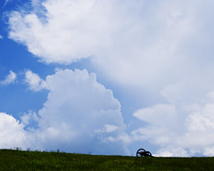 Cannon and clouds (Katy Silberger) Tags: clouds civilwar cannon nikond60 vicksburgnationalmilitarypark vicksburgmississippi the4elements colorphotoaward