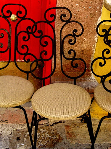 curly chairs (1)