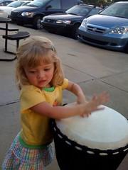 Catie & bongos