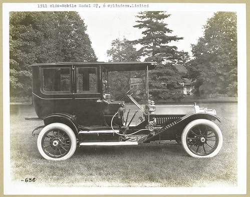 1911 - Oldsmobile Model 27, 6 cylinders, Limited.