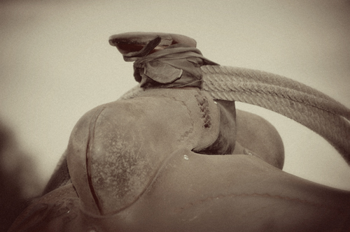 saddle horn vintage style