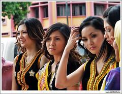 Explore - Tadau Kaamatan Festival Open House - Rumah Terbuka Kaamatan 7 Jun 2009 Padang Merdeka - Sumandak KadazanDusun (sam4605) Tags: girls portrait girl beauty festival ed candid traditional culture olympus malaysia borneo e1 sabah kadazan dusun cantik kaamatan zd traditionalcostumes unduk ngadau sumandak sabahan undukngadau kadazandusun murut sabahborneo padangmerdeka 1260mm pestakaamatan 1malaysia sam4605
