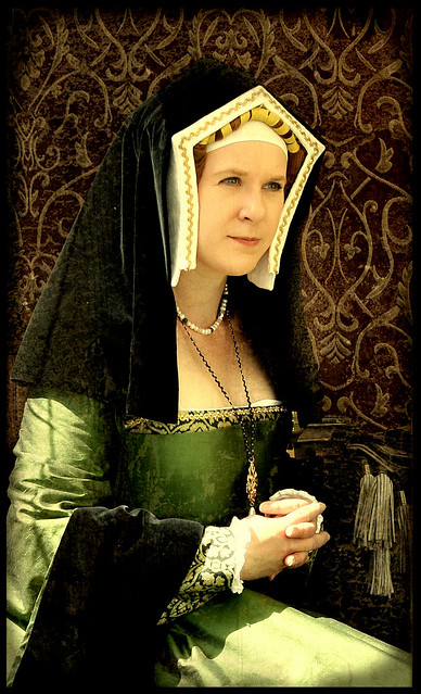 Portrait of Tudor lady