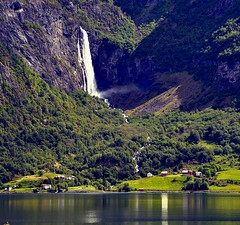 Feigum by Sognefjord (Martin Ystenes - http://hei.cc) Tags: mountains norway landscape photography norge photo waterfall nikon foto norwegen fjord 1001nights foss landschaft picnik fjell norvege fotografi vestlandet bilde sogn sognefjord magiccity d90 sognefjorden westernnorway feigum feigumfossen nikond90 platinumheartaward feigefossen flickrestrellas sognogfordane ystenes feigom platinumpeaceaward feigomfossen 1001nightsmagiccity mygearandme mygearandmepremium mygearandmebronze mygearandmesilver mygearandmegold magiccty mygearandmeplatinum mygearandmediamond mygearandmeplatinium martinystenes flickrstruereflection1 flickrstruereflection2 flickrstruereflection3 rememberthatmomentlevel1 rememberthatmomentlevel2 rememberthatmomentlevel3