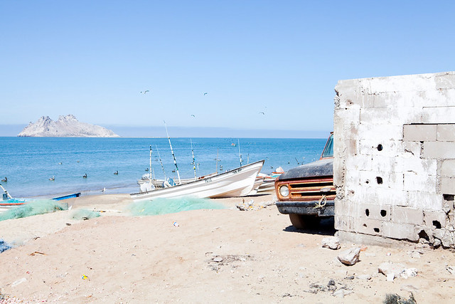 Commercial fishing in Bahia de Kino, Mexico by RarePlanet