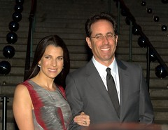 Jessica Seinfeld and Jerry Seinfeld Shankbone 2010 (david_shankbone) Tags: photographie parties husband creativecommons wife celebrities fotografia bild redcarpet  vanityfair     fotoraf  jerryseinfeld     jessicaseinfeld   fnykpezs  nhipnh     bydavidshankbone    2010tribecafilmfestival    tvrspoleenstv  kreativflled schpferischesgemeingut   kreatvkzjavak          puortgrapj