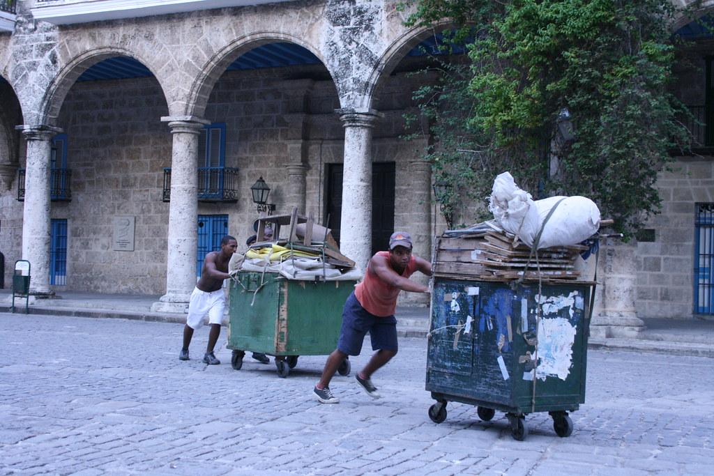 Cuba: fotos del acontecer diario - Página 6 3217902011_b51ed4369b_b