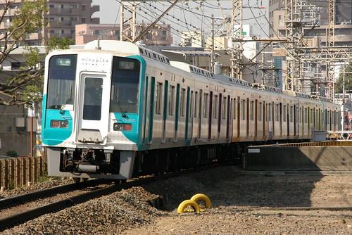 Nankai1000(II)series in Shirasagi,Sakai,Osaka,Japan 2008/11/12