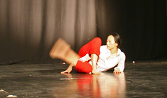 Elizabeth_Gaumond_7790 (Zaldun Urdina) Tags: circo circus aerial flex cirque contortion aro contorsion frontbend elizabethgaumond bihurrikaria