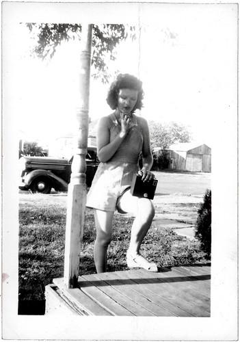 Gilda and the camera
